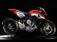 Gambar Motor 2013 MV Agusta Rivale 800 #2