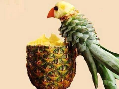 パイナップルでインコを作る