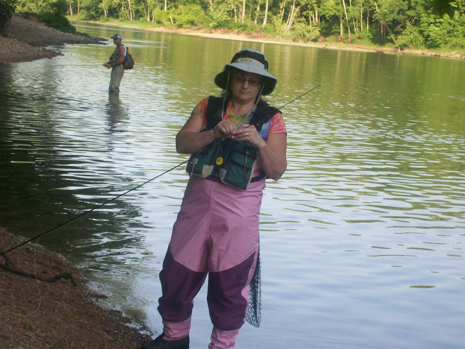 Intuitive value fly fishing on lake taneycomo for Lake elizabeth fishing