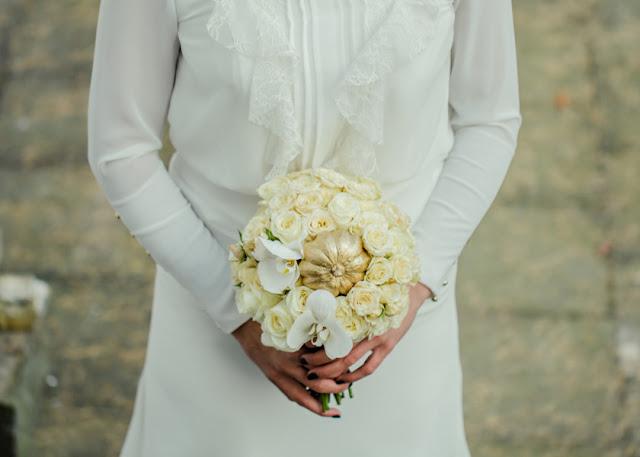 Złoty bukiet ślubny z dynią