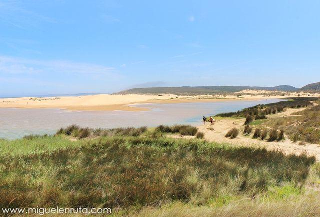 Praia-Da-Bordeira-Algarve-2