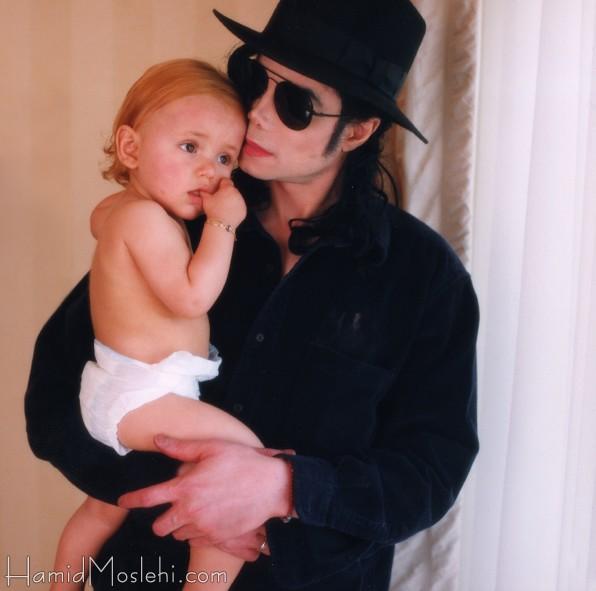 Novas fotos da infância de Prince e Paris Sem+t%C3%ADtulo+19