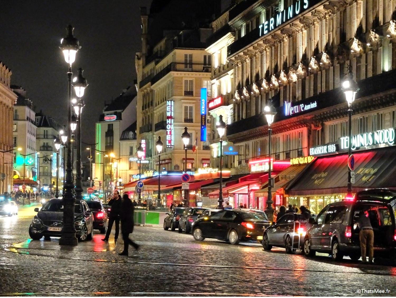 photo gare du Nord rue de Dunkerque néons by night Paris enseignes lumineuses