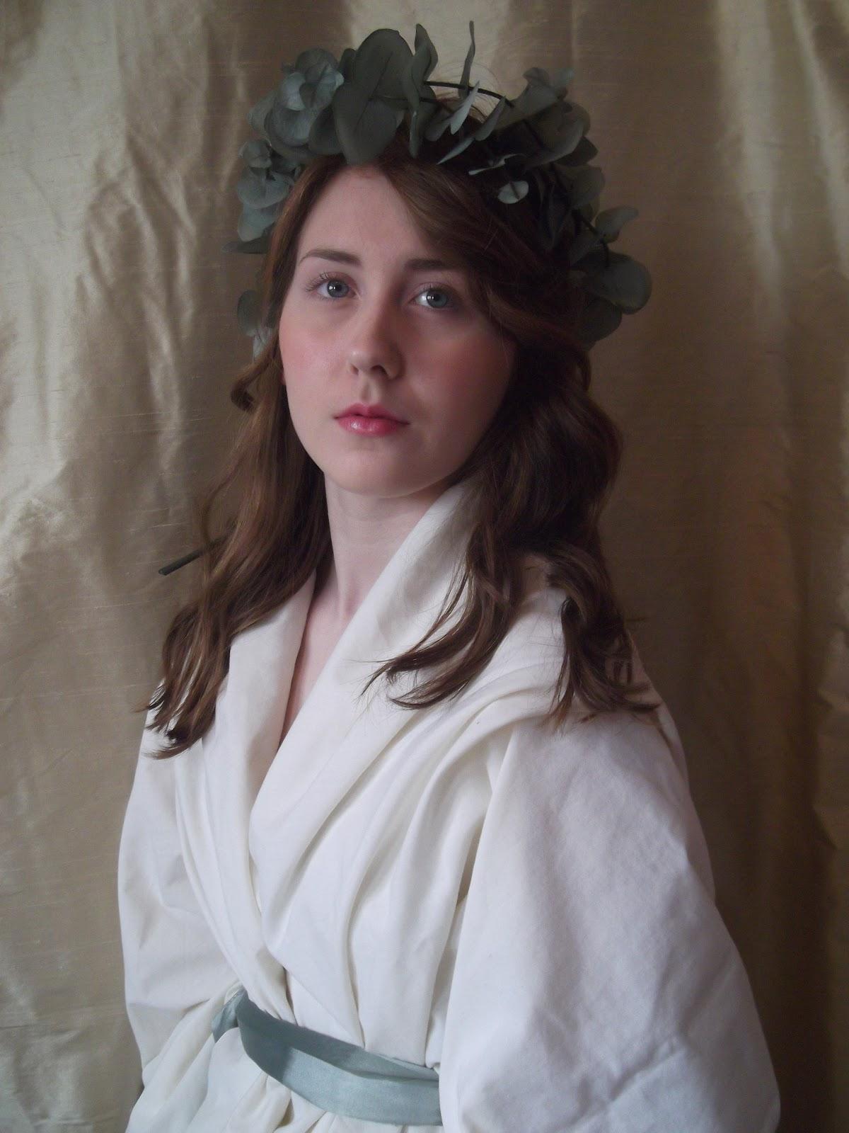 Helen: Emma, Lady Hamilton
