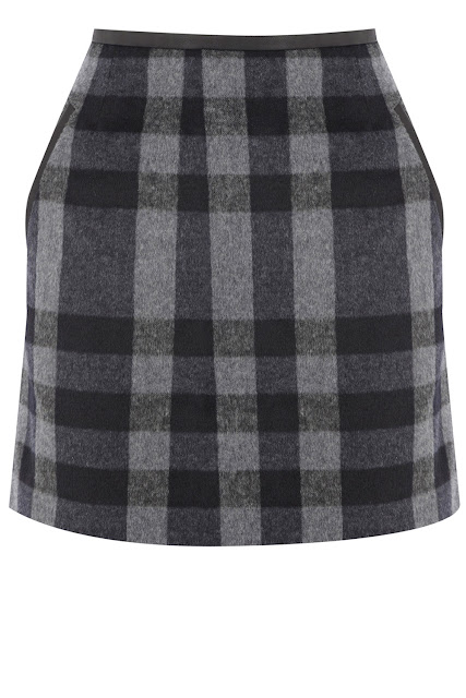 checked mini skirt with pockets