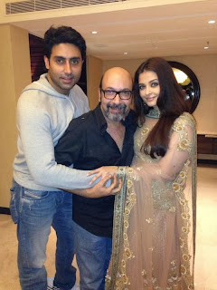 Abhishek pays a surprise visit to Aishwarya on the sets of an Ad