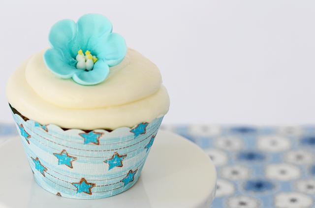 Cupcakes con flores de glaseado