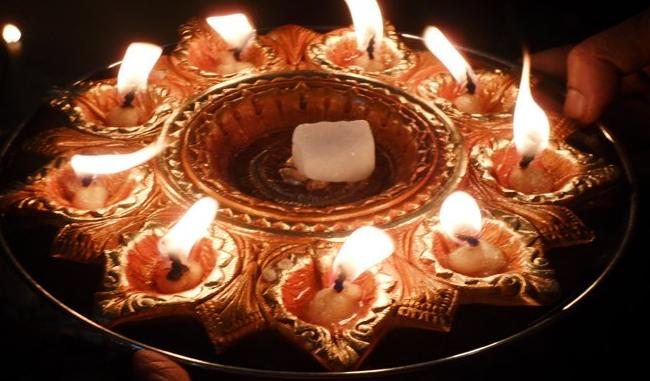 दीपक ज्योत से कष्ट दूर कने के उपाय टोटके