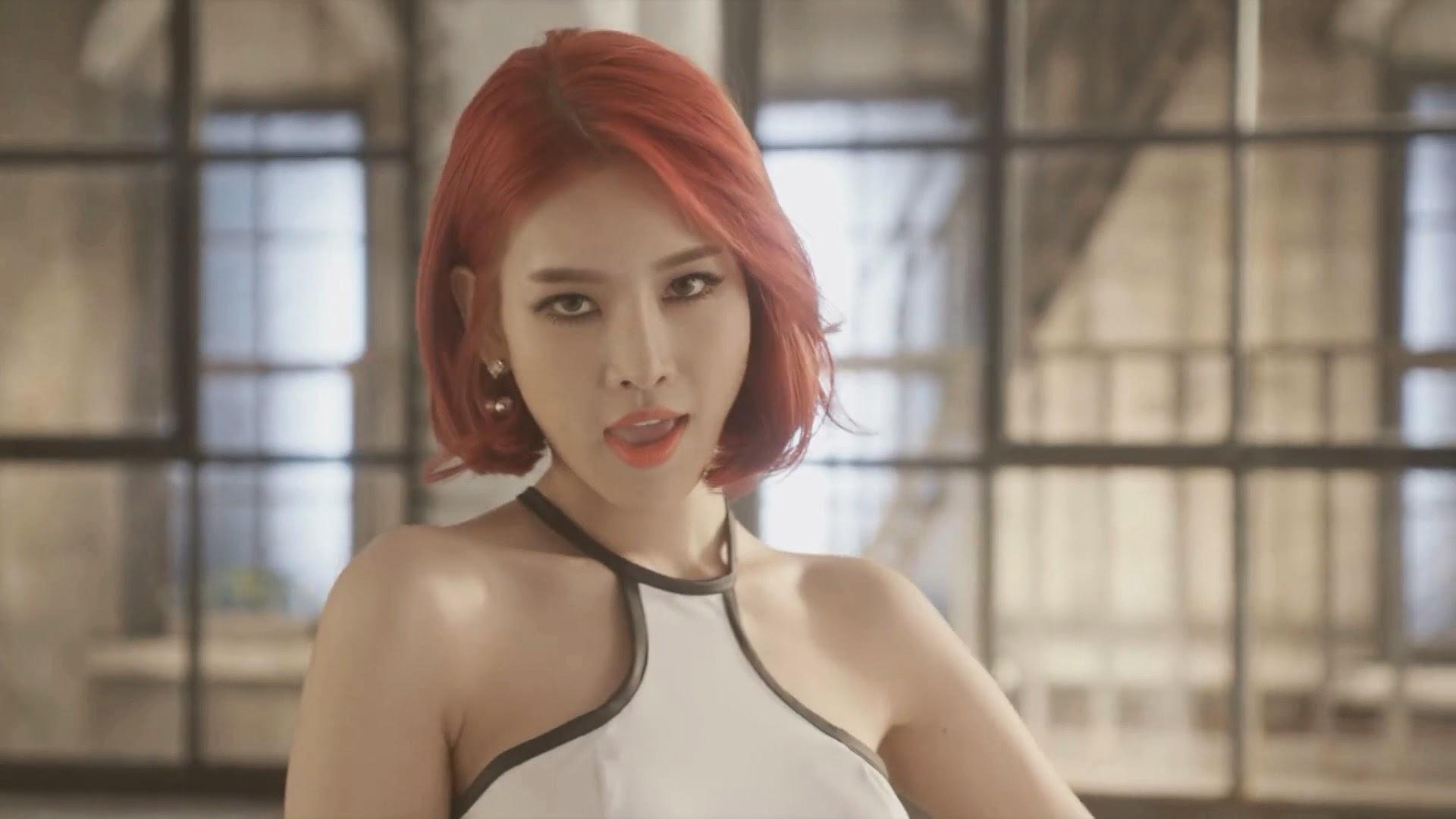 Pocket Girls' Seah in Bbang Bbang MV