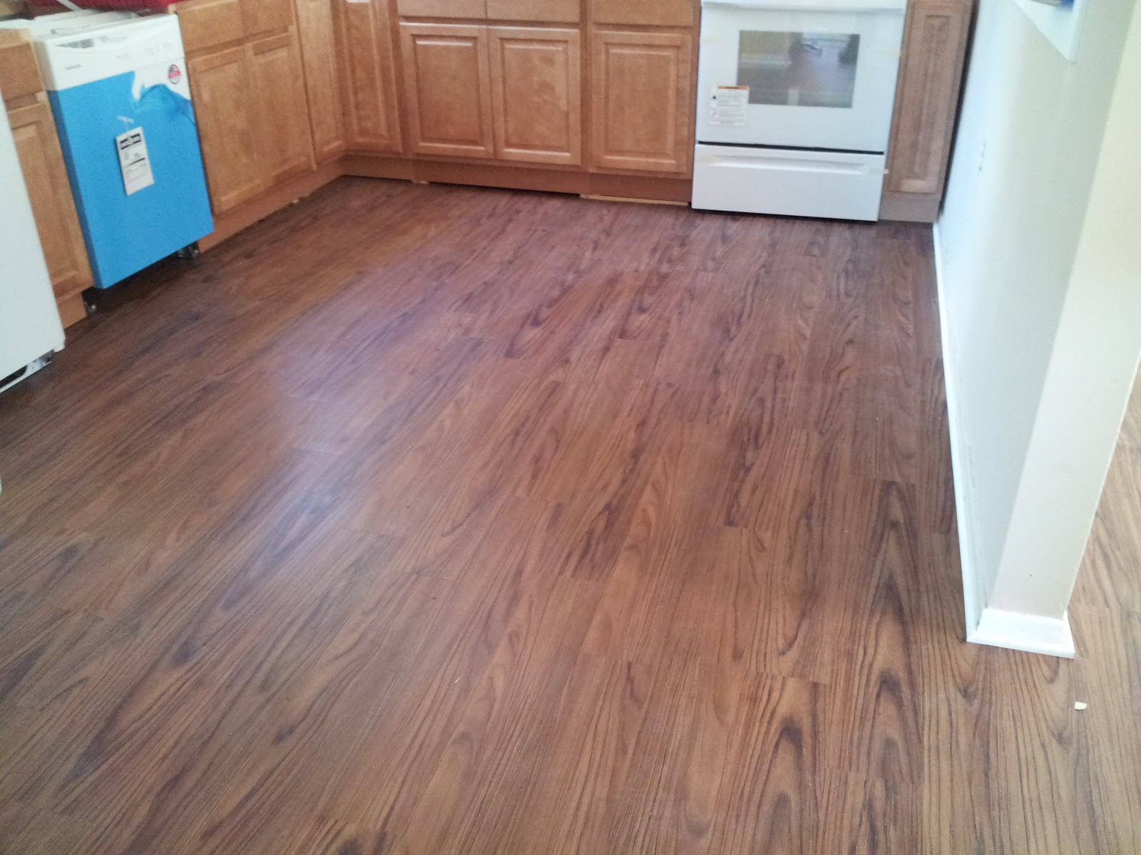 Wood Look Vinyl Flooring : Floor installation photos wood looking vinyl in