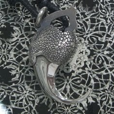 龍鱗鳳羽 - 龍爪墜