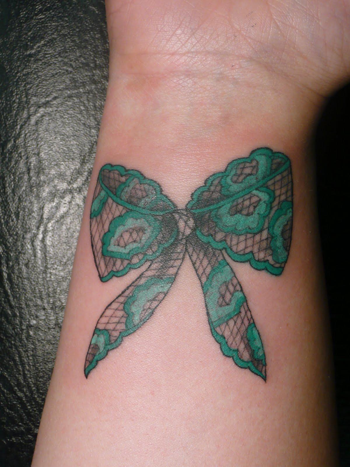 leeslittlewonderland bow tattoos designs for girl. Black Bedroom Furniture Sets. Home Design Ideas