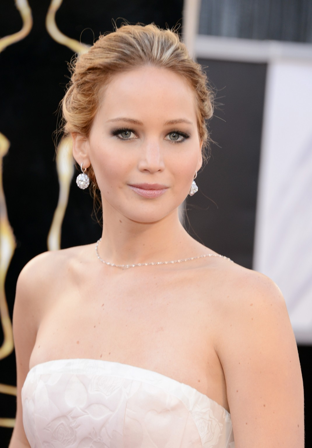 Actress Jennifer Lawrence Quotes, Jennifer Lawrence Movie Quotes, Jennifer Lawrence Celebrity quotes, HOLLYWOOD ACTRESS QUOTES