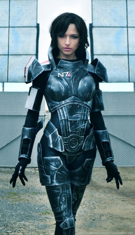 Angela Bermúdez deviantart incríveis cosplays filmes games linda nerd Female version of Commander Shepard (Mass Effect)