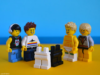 lego neighours - the gift of pants for the new neighbours