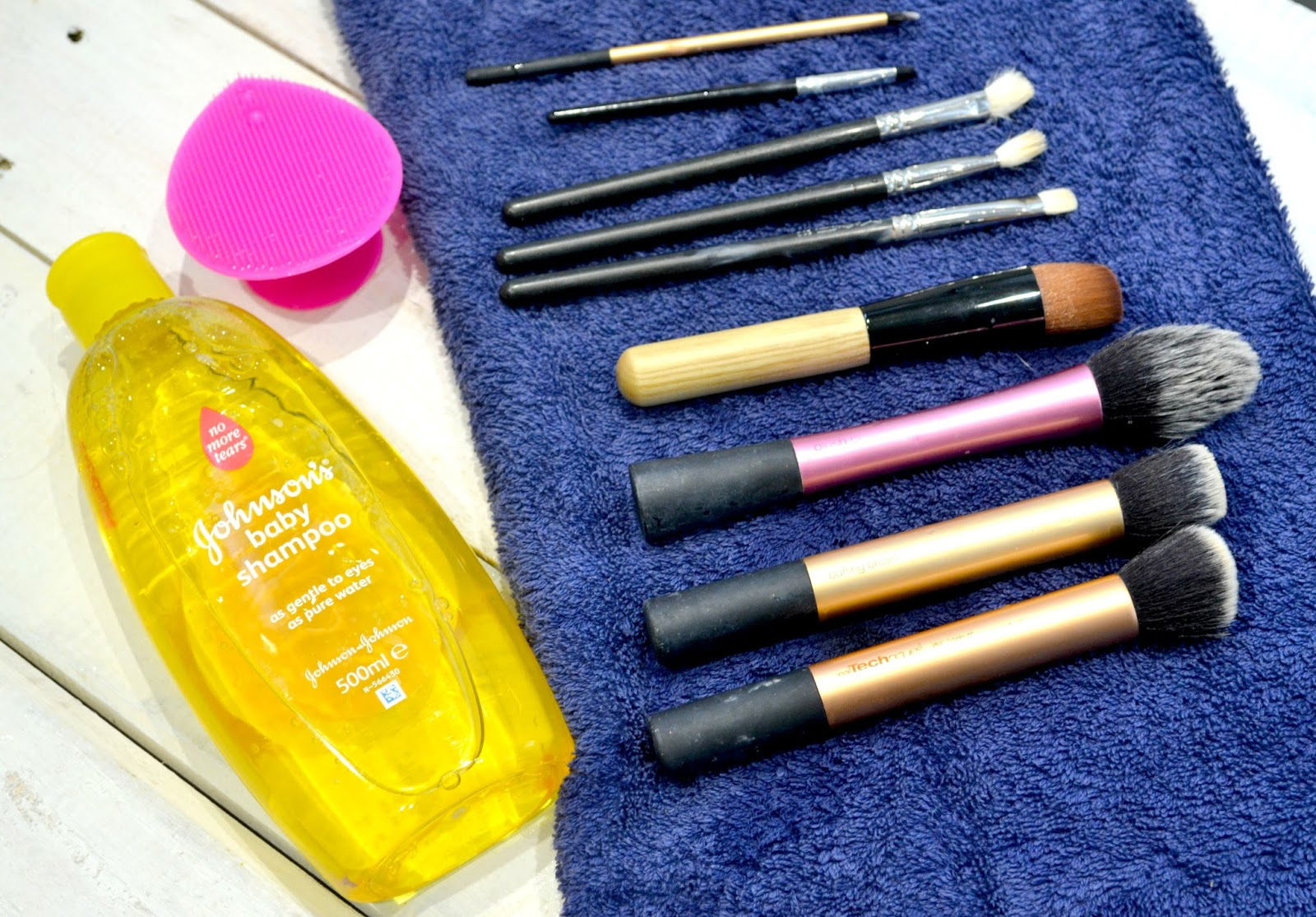 How I clean my make up brushes