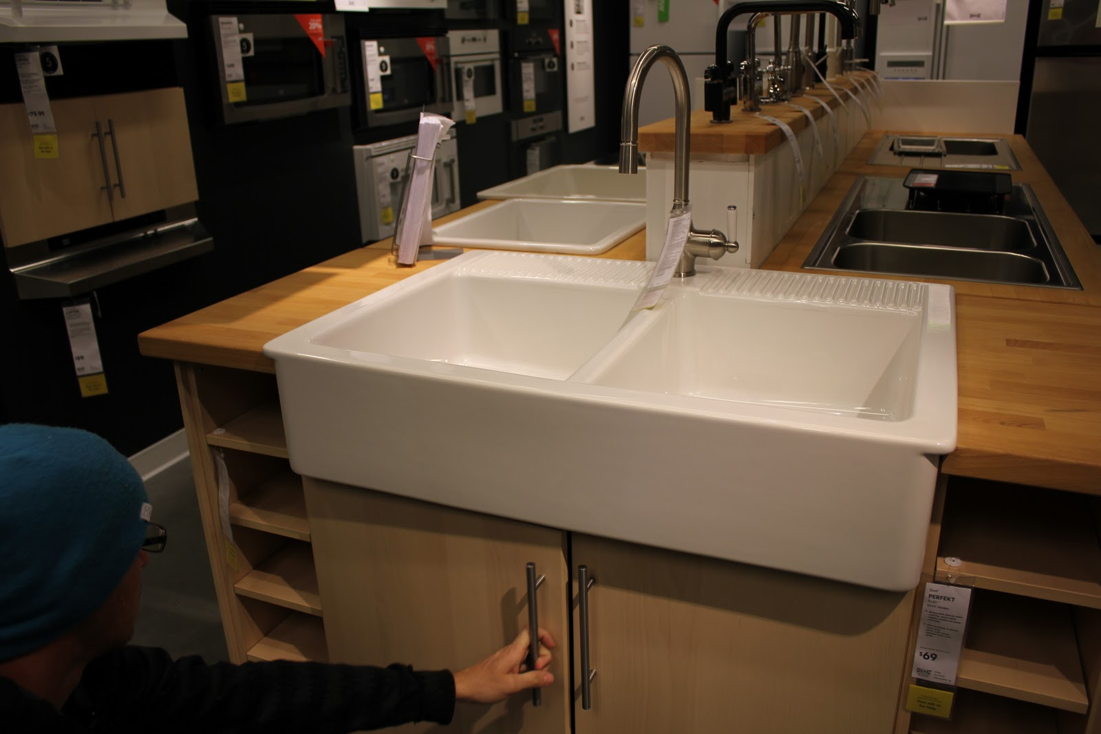 Farm Sinks At Lowes : Lowes Farm Sinks http://www.lovemattandkara.com/2011_03_01_archive ...