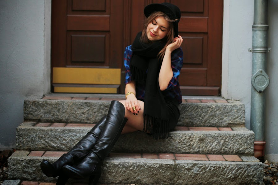 over knee boots fashion blogger style
