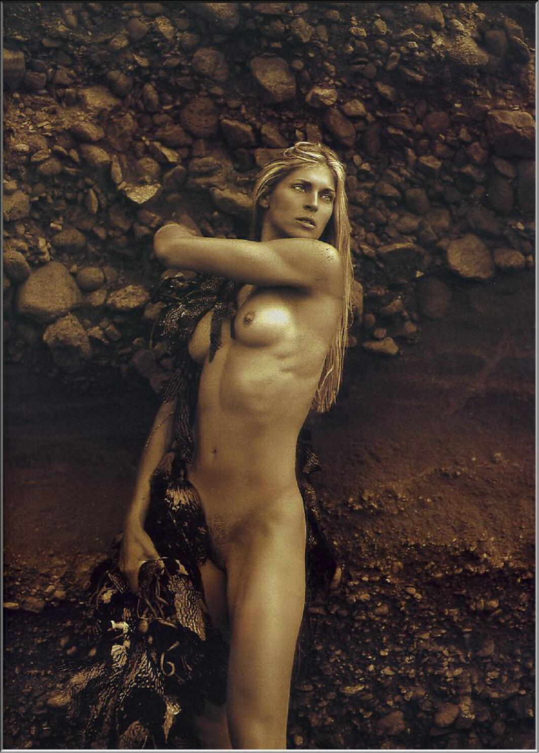 Gabby desnuda foto reece