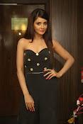 Parul Yadav latest glam pics-thumbnail-6