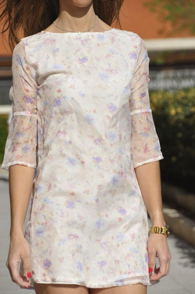 Vestido Ana,Magnolia Trendy,estampado floral,vaporoso