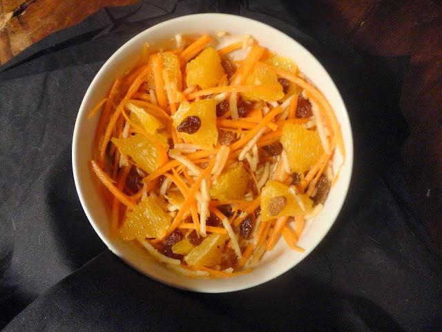 http://emancipations-culinaires.blogspot.com/2014/03/salade-de-carottesaux-pommes-et-agrumes.html