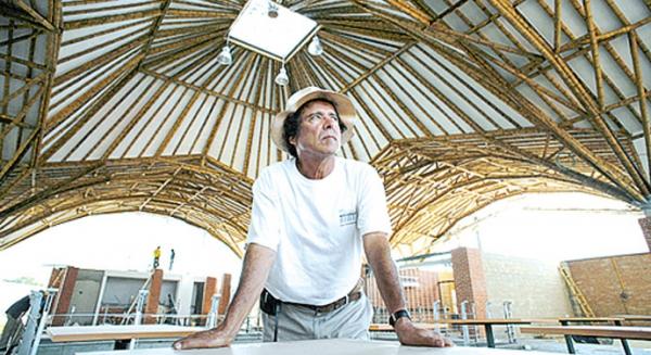 Pintores escultores y arquitectos colombianos arquitectos for Arquitectos colombianos