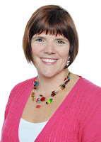 Picture of romance author Molly O'Keefe