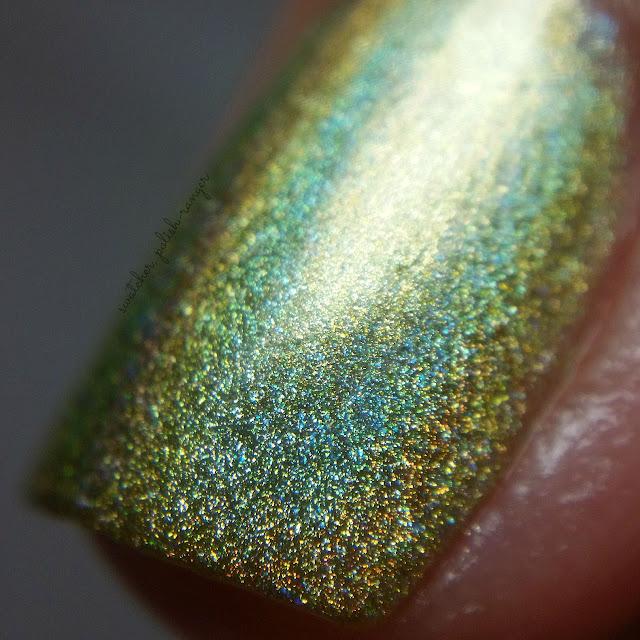 swatcher, polish-ranger | Glisten & Glow Midori Sour macro