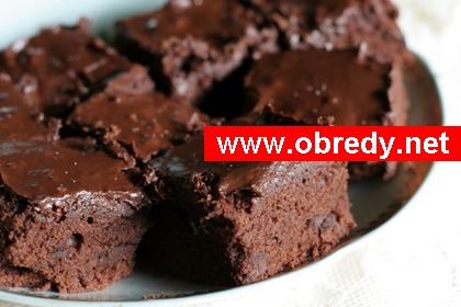 Receita de Bolo de chocolate com brigadeiro