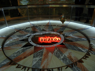 Foucault Pendulum on display at the Houston Museum of Natural Science