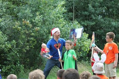 THE MAN IN THE MOON - Superhero Story Time via www.ericvr.com
