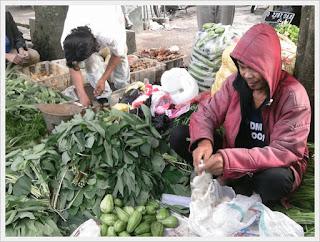 penjual sayur mayur abah wardi
