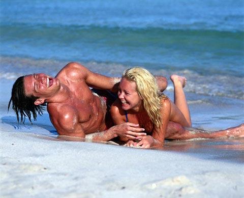 картинки пара на берегу моря
