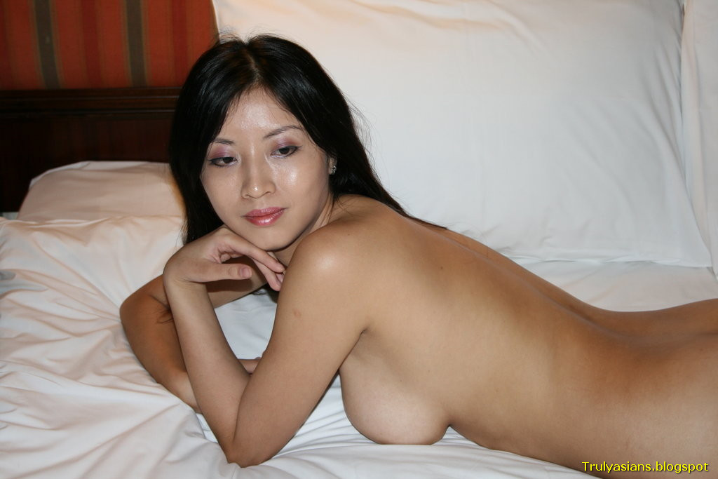 young hong kong nude