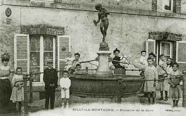 Galerie Rilly-la-Montagne sur la Page Facebook d'AMICARTE51