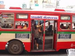 #Freetransit so popular in Bangkok, even right-wing government declined to cancel it
