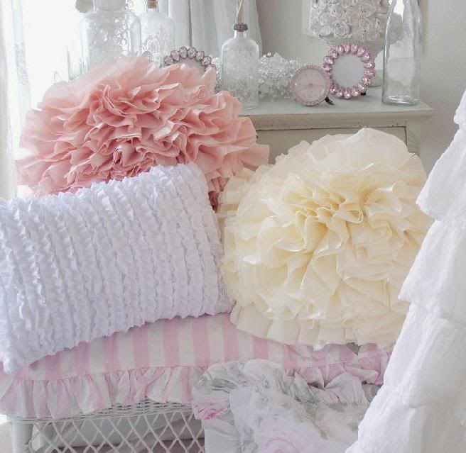 Shabby Chic Body Pillow Covers : itmom: Decorating with Ruffles