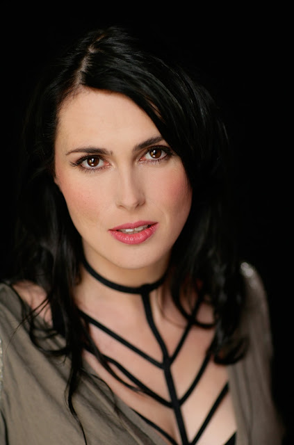 Sharon den Adel, Within Temptation, symphonic metal band