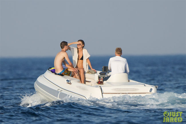 Miranda Kerr with boyfriend evan spiegel corsica france