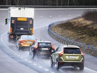Trik Mengendarai Mobil di Jalan Tol - Artikel Ilmu Dunia