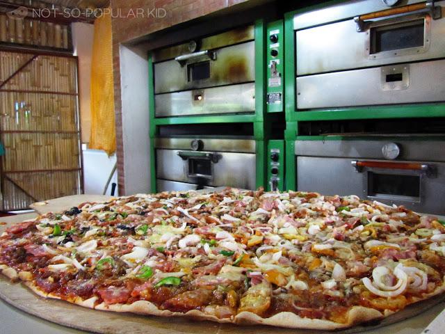 Fresh Greenoz Pizza