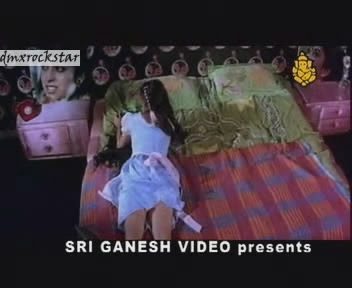 Juhi Chawla Hot Video