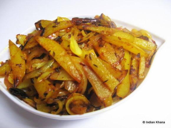 Aloo Aur Pyaaz Ki Bhujia Potato Amp Onion Stir Fry