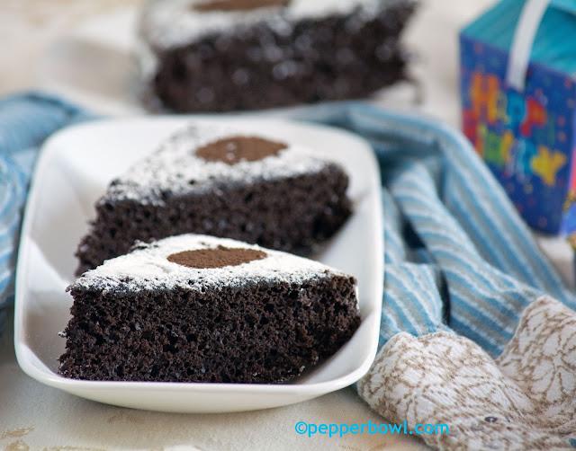 Easy n Quick Vegan Chocolate Cake-Pepper Bowl