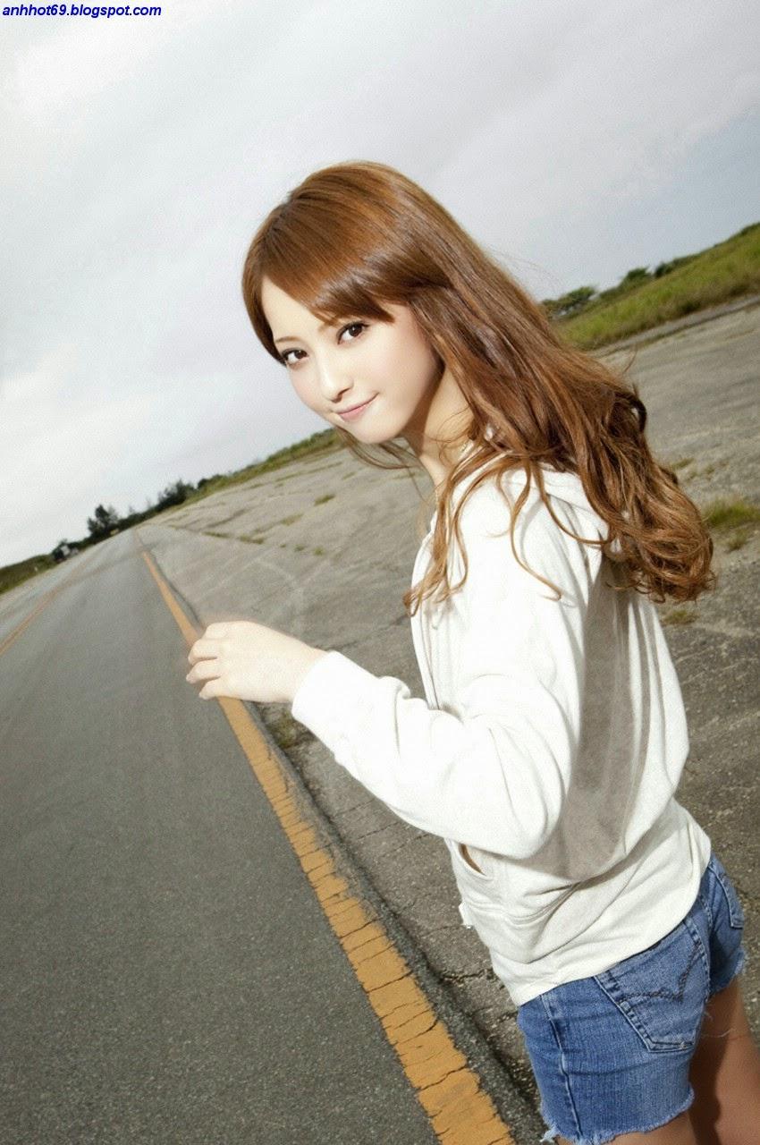 nozomi-sasaki-00633652