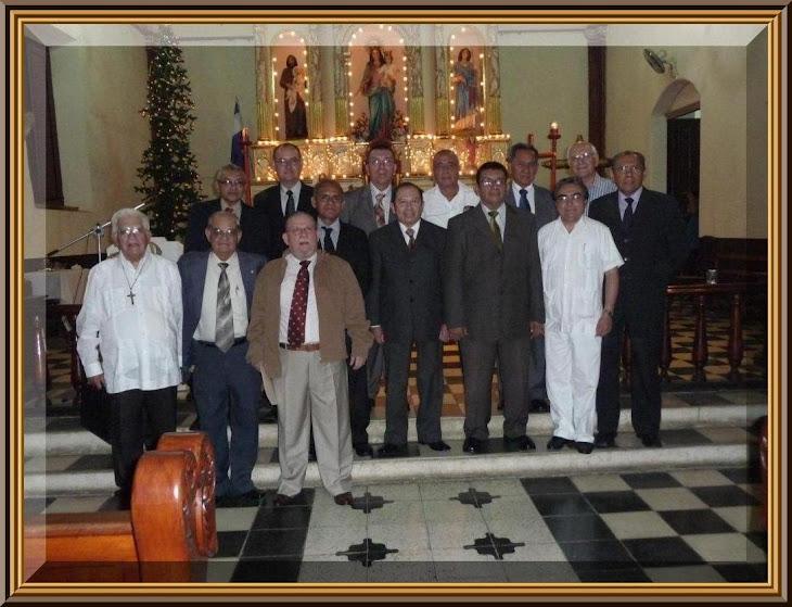 PRIMER ENCUENTRO 45 AÑOS DESPUES 1965 - 2010 - PARTE 2 (clic en la foto)