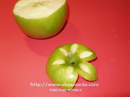 Garnishfoodblog fruit carving arrangements and food for Apple fruit decoration