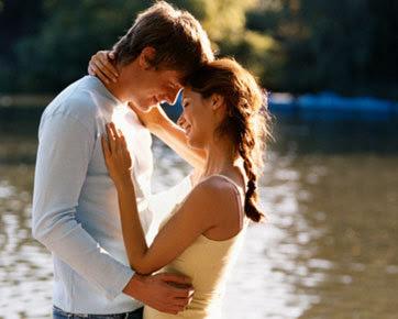 5 Tanda Sahabat Pria Ingin 'Naik Pangkat' Jadi Kekasih