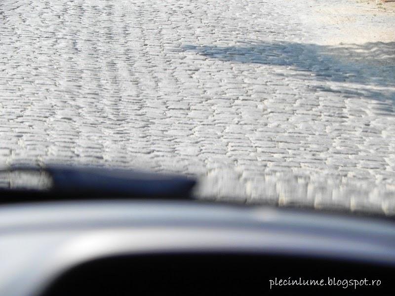 Portiune de drum cu piatra cubica, prin Bulgaria